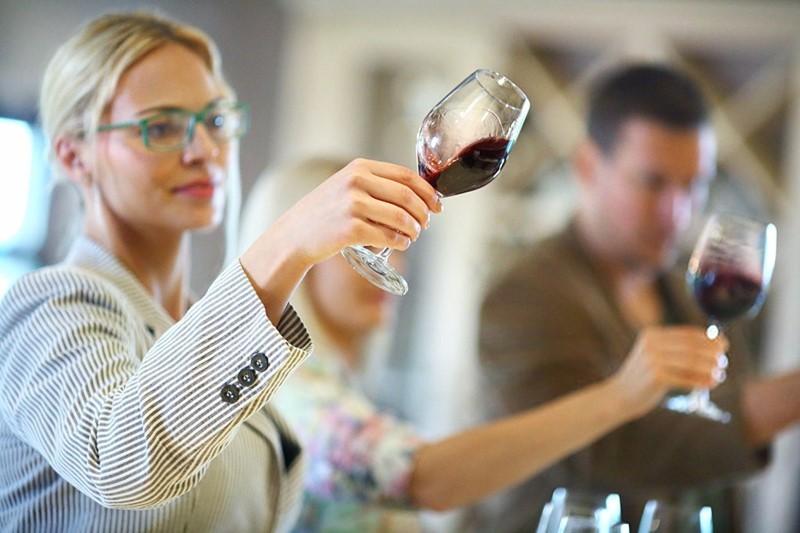 ¿Qué es un vino astringente?